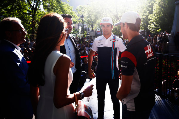 Circuit Gilles Villeneuve, Montreal, Canada. Wednesday 7 June 2017. Lance Stroll, Williams Martini Racing, Romain Grosjean, Haas F1. World Copyright: Hone/LAT Images ref: Digital Image _ONZ1069