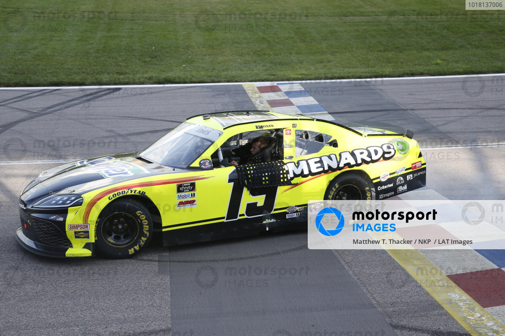 #19: Brandon Jones, Joe Gibbs Racing, Menards/Swiffer Toyota Supra