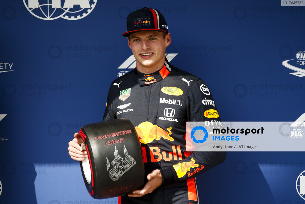 Pole Sitter Max Verstappen, Red Bull Racing with the Pirelli Pole Position Award