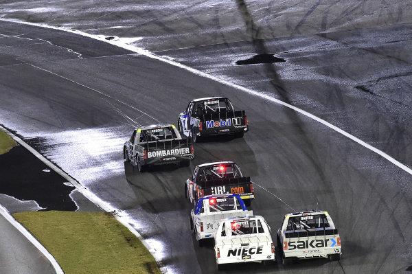 #4: John Hunter Nemechek, Kyle Busch Motorsports, Toyota Tundra Mobil 1 leads