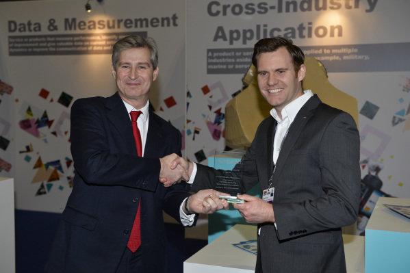 Aero Tec Laboratories collect an award.