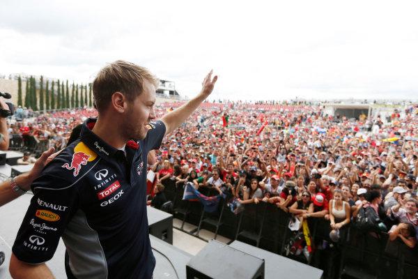 Circuit of the Americas, Austin, Texas, United States of America. Saturday 16th November 2013.  Sebastian Vettel, Red Bull Racing. World Copyright: Charles Coates/LAT Photographic. ref: Digital Image _N7T9527