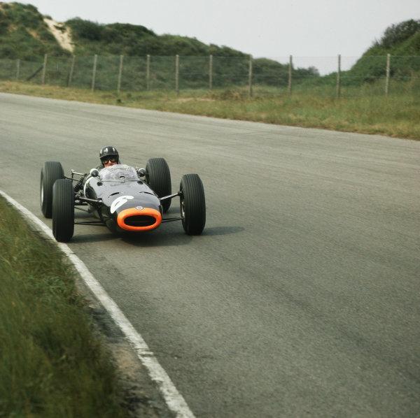 Zandvoort, Holland.22-24 May 1964.Graham Hill (BRM P261) 4th position.Ref-3/1232.World Copyright - LAT Photographic