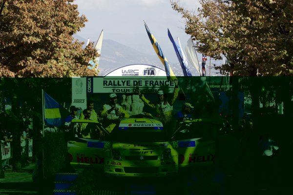 2007 FIA World Rally ChampionshipRound 13Rally of France, Tour de Course 200711-14 October 2007PG Andersson, Suzuki, JWRC, Podium.Worldwide Copyright: McKlein/LAT