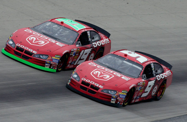 04-06 June, 2004, Dover International Speedway, USA,Kasey Kahne (9) and Jeremy Mayfield race for the lead,Copyright-Robt LeSieur 2004 USALAT Photographic