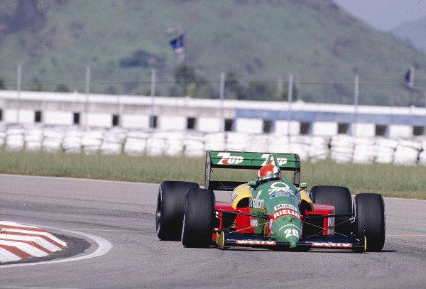 1989 Brazilian Grand Prix.Jacarepagua, Rio de Janeiro, Brazil.24-26 March 1989.Johnny Herbert (Benetton B188 Ford) 4th position on his Grand Prix debut.Ref-89 BRA 26.World Copyright - LAT Photographic