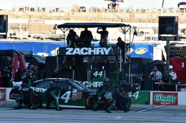 6-7 November, 2015, Fort Worth, Texas USA David Starr (44) makes a pit stop ?2015, John Harrelson / LAT Photo USA