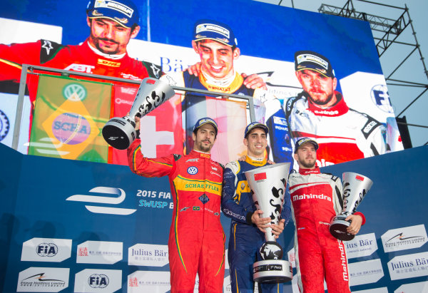 FIA Formula E Championship 2015/16. Beijing ePrix, Beijing, China. Race Sebastien Buemi, RENAULT E.DAMS, Lucas Di Grassi, ABT SCHAEFFLER AUDI SPORT and Nick Heidfeld, MAHINDRA RACING FORMULA E TEAM  on the podium Beijing, China, Asia. Saturday 24 October 2015 Photo:  / LAT / FE ref: Digital Image _L1_4457
