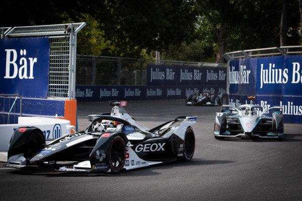 Brendon Hartley (NZL), GEOX Dragon, Penske EV-4 and Nyck de Vries (NLD), Mercedes Benz EQ, EQ Silver Arrow 01
