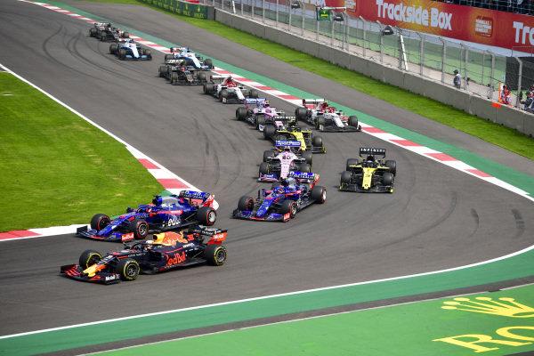 Max Verstappen, Red Bull Racing RB15, Daniil Kvyat, Toro Rosso STR14, Pierre Gasly, Toro Rosso STR14 anDrivers Daniel Ricciardo, Renault R.S.19
