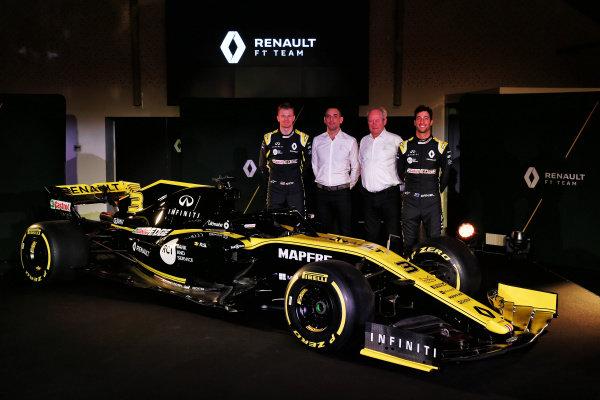 (L to R): Nico Hulkenberg, Renault Sport F1 Team, Cyril Abiteboul, Renault Sport F1 Managing Director, Jerome Stoll, Director of Renault Sport F1 and Daniel Ricciardo, Renault Sport F1 Team with the new Renault Sport F1 Team R.S. 19