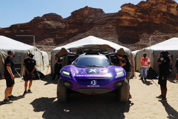 The X44 team prepare their car