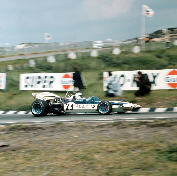 Zandvoort, Holland.18-20 June 1971.John Surtees (Surtees TS9 Ford) 5th position.Ref-3/4774H.World Copyright - LAT Photographic