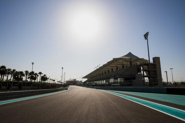 2017 GP3 Series Round 8.  Yas Marina Circuit, Abu Dhabi, United Arab Emirates. Thursday 23 November 2017. A view of the circuit. Photo: Zak Mauger/GP3 Series Media Service. ref: Digital Image _56I8249