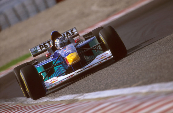 Estoril, Portugal.20-22 September 1996.Heinz-Harald Frentzen (Sauber C15 Ford) 7th position. Ref-96 POR 15.World Copyright - LAT Photographic