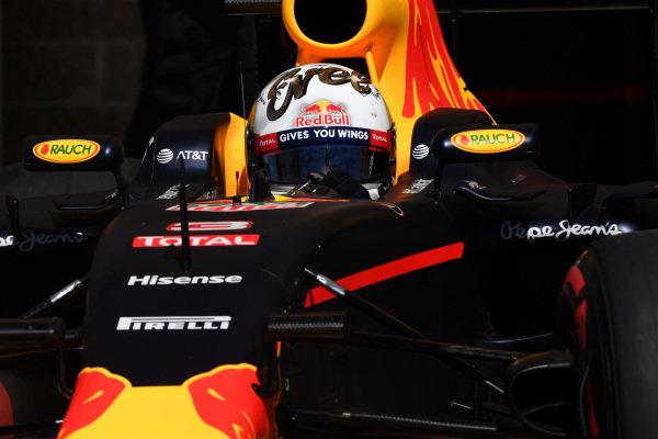 Daniel Ricciardo (AUS) Red Bull Racing RB12 at Formula One World Championship, Rd18, United States Grand Prix, Qualifying, Circuit of the Americas, Austin, Texas, USA, Saturday 22 October 2016.