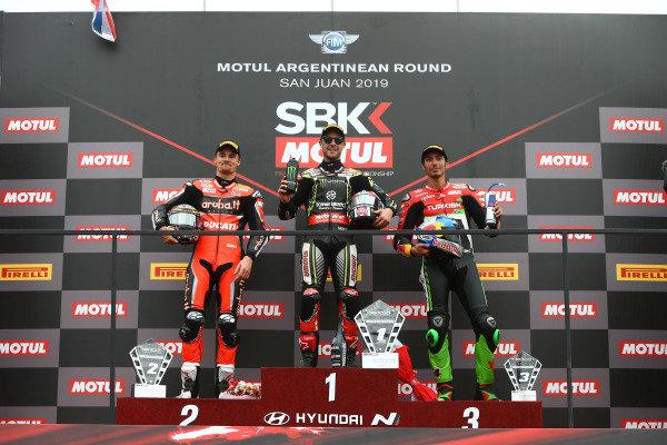 Chaz Davies, Aruba.it Racing-Ducati Team, Jonathan Rea, Kawasaki Racing Team, Toprak Razgatlioglu, Turkish Puccetti Racing.