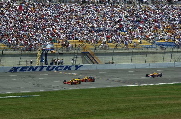 Polesitter Scott Sharp (8) leads teamate Mark Dismore and Robbie Buhl to the green flag.IRNLS Belterra Indy 300, Kentucky Speedway, Sparta,KY, USA 12 August,2001Copyright-F Peirce Williams 2001 LAT PHOTOGRAPHIC