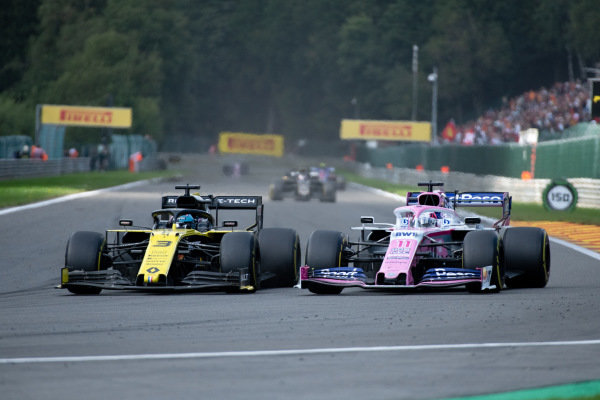 Daniel Ricciardo, Renault R.S.19, battles with Sergio Perez, Racing Point RP19