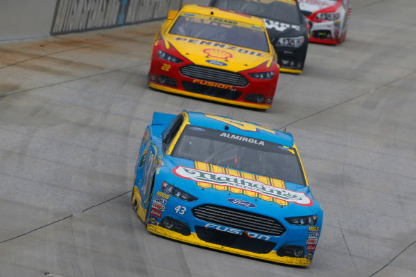 2-4 October, 2015, Dover, Delaware USA Aric Almirola and Joey Logano ?2015, Russell LaBounty LAT Photo USA