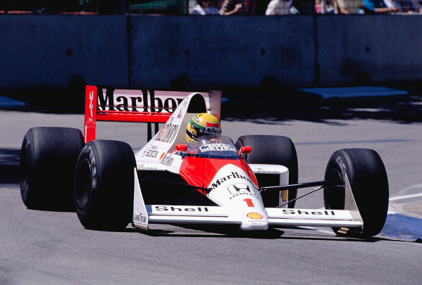 1989 Australian Grand Prix.Adelaide, Australia.3-5 November 1989.Ayrton Senna (McLaren MP4/5 Honda).Ref-89 AUS 41.World Copyright - LAT Photographic