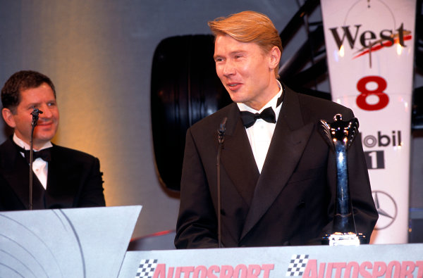 Grosvenor House Hotel, Park Lane, London. 6 December 1998.Mika Hakkinen.World Copyright: Bloxham/LAT Photographicref: 35mm Transparency Image