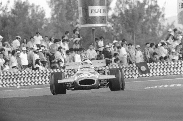 1970 Mexican Grand Prix.Mexico City. 25 October 1970.Jack Brabham (Brabham BT33-Ford Cosworth). Ref-3384 #27.World Copyright - LAT Photographic