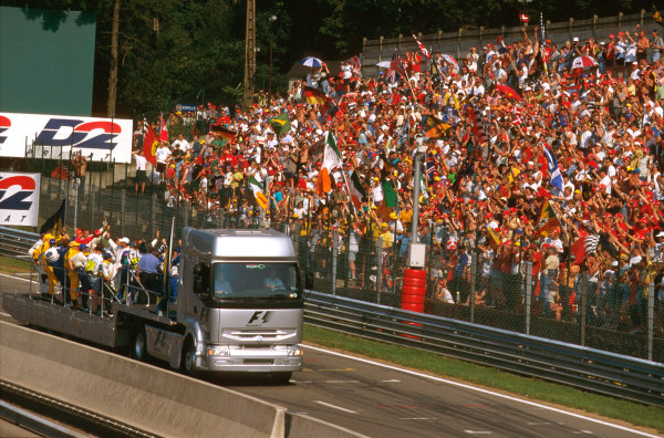 Spa-Francorchamps, Belgium.22-24 August 1997.The F1 drivers parade.Ref-97 BEL 04.World Copyright - LAT Photographic