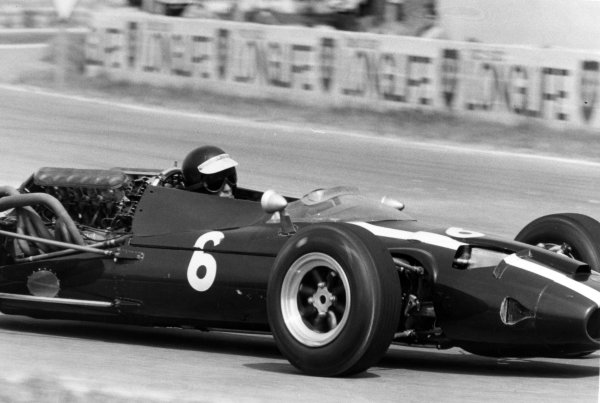 1966 French Grand Prix.Reims, France. 3 July 1966.Jochen Rindt, Cooper T81-Maserati, 4th position, action.World Copyright: LAT Photographic