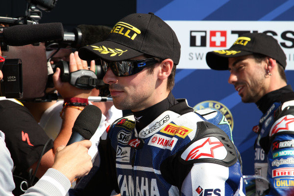Silverstone, England. 29th-31st July 2011. Eugene Laverty, Yamaha, and John Hopkins, Suzuki, talk to the media in parc ferme. Portrait. World Copyright: Kevin Wood/LAT Photographic. ref: Digital Image IMG_5406a