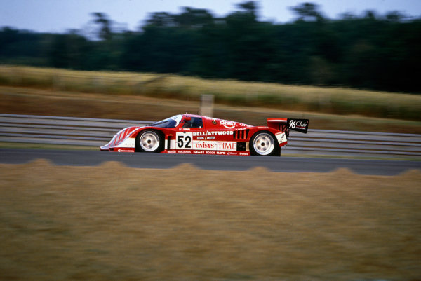 Le Mans, France. 20th - 21st June 1992.Robin Donovan/Charles Rickett/Almo Coppelli (Porsche 962CK6), 11th position, action. World Copyright: LAT Photographic.Ref:  92LM12.