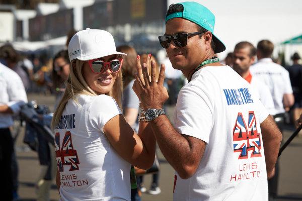 Autodromo Hermanos Rodriguez, Mexico City, Mexico. Friday 27 October 2017. Fans of Lewis Hamilton, Mercedes AMG. World Copyright: Steve Etherington/LAT Images  ref: Digital Image SNE12705
