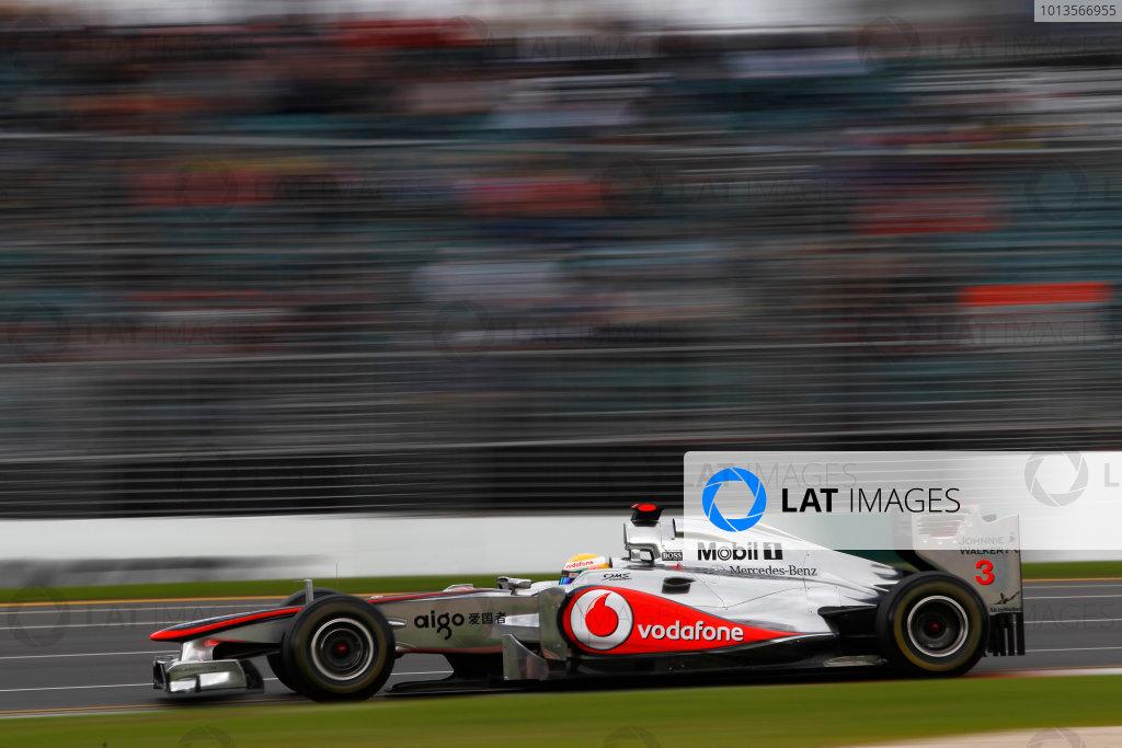 Albert Park, Melbourne, Australia 25th March 2011. Lewis Hamilton, McLaren MP4-26 Mercedes. Action.  World Copyright: Andrew Ferraro/LAT Photographic ref: Digital Image _Q0C8596