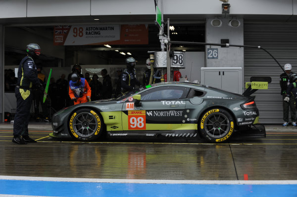 2017 FIA World Endurance Championship, Fuji, Japan. 13th-15th October 2017, #98 Aston Martin Racing Aston Martin Vantage: Paul Dalla Lana, Pedro Lamy, Mathias Lauda  World copyright. JEP/LAT Images