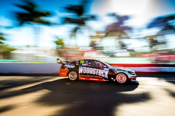 2017 Supercars Championship Round 7.  Townsville 400, Reid Park, Townsville, Queensland, Australia. Friday 7th July to Sunday 9th July 2017. Will Davison drives the #19 Tekno Woodstock Racing Holden Commodore VF. World Copyright: Daniel Kalisz/ LAT Images Ref: Digital Image 070717_VASCR7_DKIMG_1911.jpg