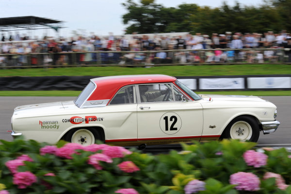 2015 Goodwood Revival Meeting Goodwood Estate, West Sussex, England 11th - 13th September 2015 St Mary's Trophy Part 2 Henry Mann Ford Fairlane World Copyright : Jeff Bloxham/LAT Photographic Ref : Digital Image DSC_6864