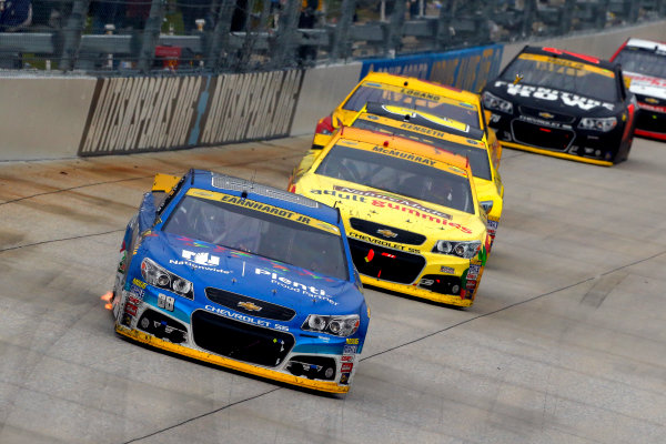 2-4 October, 2015, Dover, Delaware USA Dale Earnhardt Jr and Jamie McMurray ?2015, Russell LaBounty LAT Photo USA