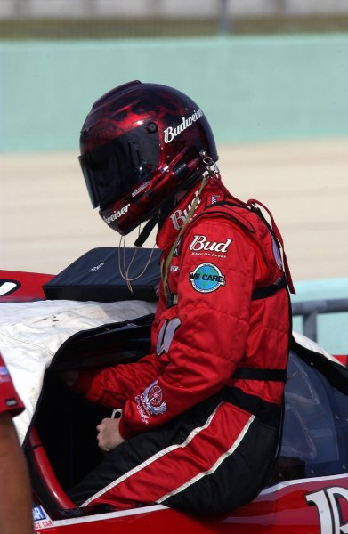 NASCAR Winton Cup Ford 400, Homestead-Miami Speedway, Homestead, Florida, USA 17 November,2002 