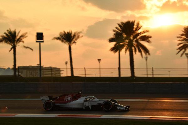 Kimi Raikkonen, Alfa Romeo Sauber C37 sparks