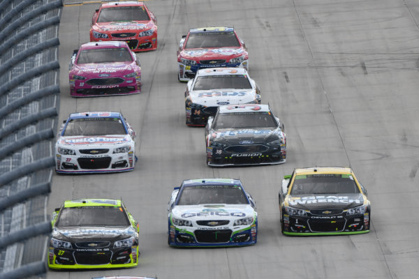 Monster Energy NASCAR Cup Series Apache Warrior 400 Dover International Speedway, Dover, DE USA Sunday 1 October 2017 Paul Menard, Richard Childress Racing, Richmond/Menards Chevrolet SS, Ty Dillon, Germain Racing, GEICO Chevrolet SS, Jamie McMurray, Chip Ganassi Racing, GearWrench Chevrolet SS World Copyright: Logan Whitton LAT Images