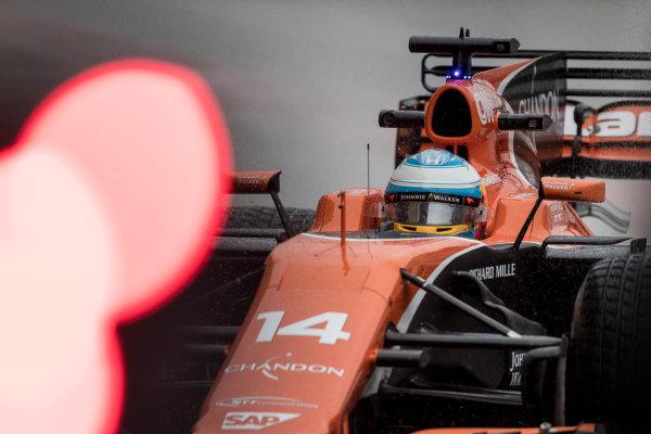 Suzuka Circuit, Japan. Friday 6 October 2017. Fernando Alonso, McLaren MCL32 Honda.  World Copyright: Glenn Dunbar/LAT Images  ref: Digital Image _31I6532
