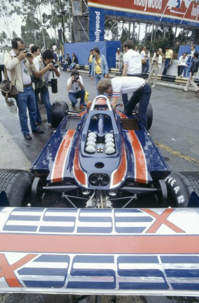 1980 Brazilian Grand Prix.Interlagos, Sao Paulo, Brazil. 25-27 January 1980.Mario Andretti (Lotus 81-Ford Cosworth), retired.World Copyright: LAT PhotographicRef: 35mm transparency 80BRA21