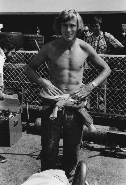 Paul Ricard, Le Castellet, France. 2nd - 4th July 1976. James Hunt (McLaren M23 Ford), 1st position, portrait.  World Copyright: LAT Photographic.  Ref:  SL76 - 401 - 9.