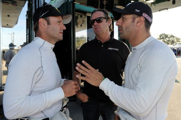 L-R: Rubens Barrichello (BRA), Jimmy Vasser (USA) and Tony Kanaan (BRA).