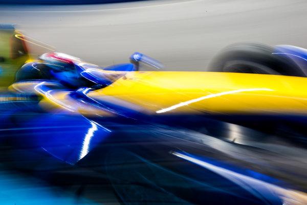 2015/2016 FIA Formula E Championship. Testing, Punta del Este, Uruguay. Sunday 20 December 2015. Sebastien Buemi (SUI), Renault e.Dams Z.E.15. Photo: Zak Mauger/LAT/Formula E ref: Digital Image _L0U0286