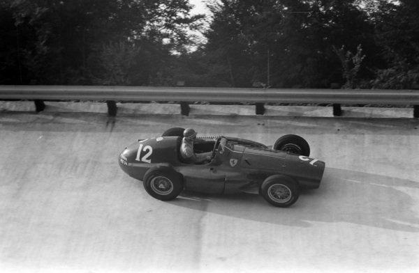 Umberto Maglioli, Ferrari 555.