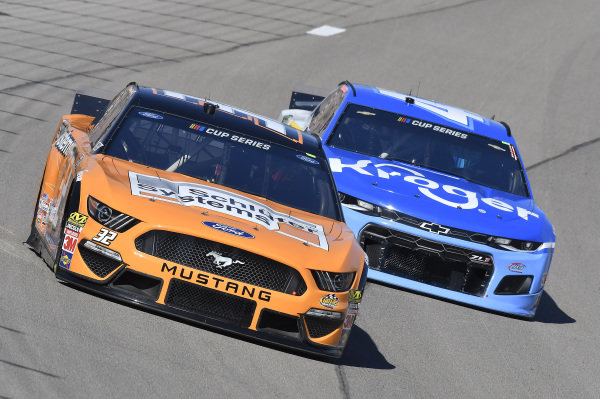 #32: Corey LaJoie, Go FAS Racing, Ford Mustang, #47: Ricky Stenhouse Jr., JTG Daugherty Racing, Chevrolet Camaro Kroger