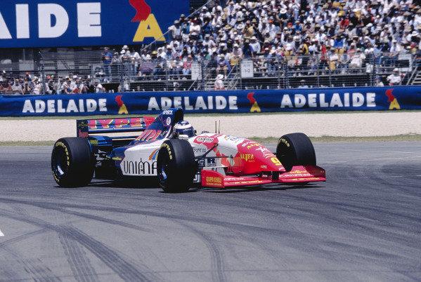 1995 Australian Grand Prix. Adelaide, Australia.  10-12 November 1995. Gianni Morbidelli (Footwork FA16 Hart) 3rd position. Ref-95 AUS 46. World Copyright - LAT Photographic