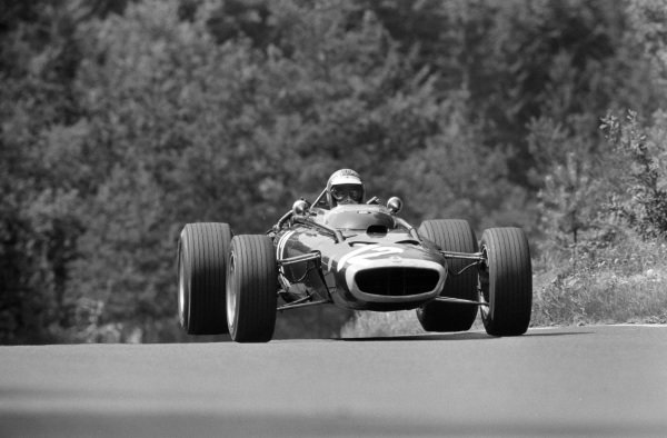 Mike Spence, BRM P83.