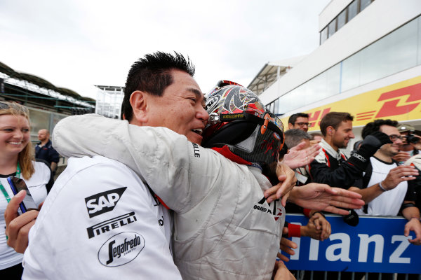2015 GP2 Series Round 6.  Hungaroring, Budapest, Hungary. Sunday 26 July 2015. Nobuharu Matsushita (JPN, ART Grand Prix) hugs Yasuhisa Arai, Head of Motorsport, Honda in Parc Ferme after winning. World Copyright: Steven Tee/LAT Photographic. ref: Digital Image _L4R7915